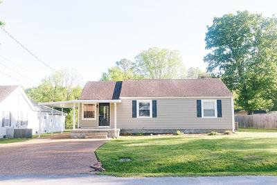 Franklin Single Family Home For Sale: 427 Green Acres Dr