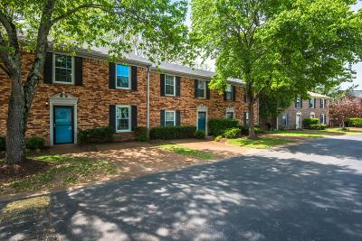 Williamson County Condo/Townhouse For Sale: 1129 W Main St Unit 24
