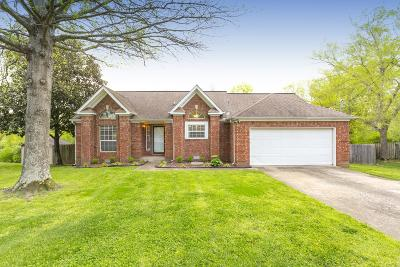 Old Hickory Single Family Home Under Contract - Showing: 605 Pebblestone Ct