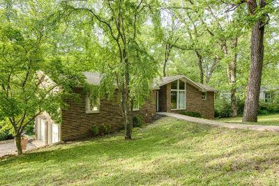 Nashville Single Family Home For Sale: 5814 Vine Ridge Dr