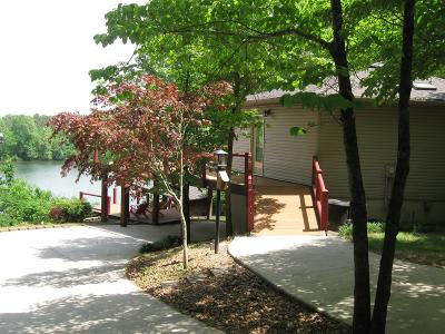 Franklin County Single Family Home For Sale: 199 Tennessee Dr