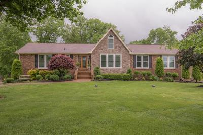 Old Hickory Single Family Home Under Contract - Showing: 110 Kennett Rd