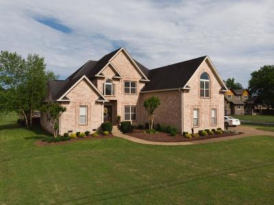Mount Juliet Single Family Home Active Under Contract: 1215 Lone Oak Rd