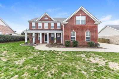 Old Hickory Single Family Home For Sale: 1821 Woodland Farms Ct