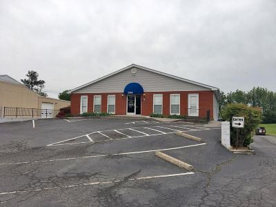 Sumner County Commercial For Sale: 2228 31w Hwy