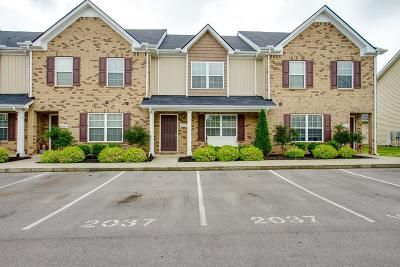 Murfreesboro Condo/Townhouse For Sale: 2037 Debonair Ln