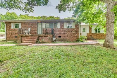 Antioch Single Family Home For Sale: 2374 Una Antioch Pike