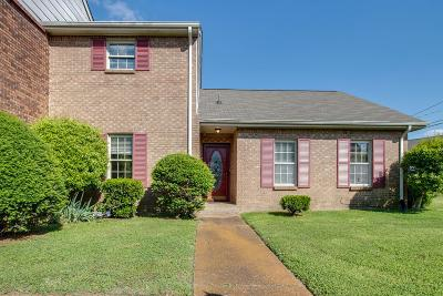 Nashville Condo/Townhouse Under Contract - Showing: 4001 Anderson Rd Unit C122