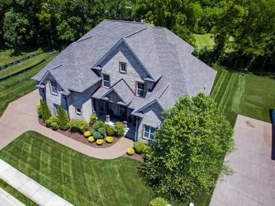 Spring Hill Single Family Home Active Under Contract: 2040 Brisbane