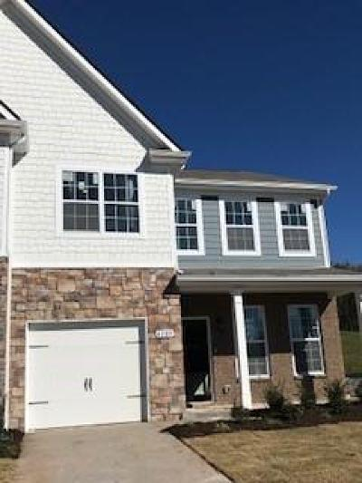 Smyrna Condo/Townhouse For Sale: 4297 Grapevine Loop Lot #642