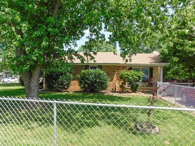 Single Family Home For Sale: 796 Meadow Lane