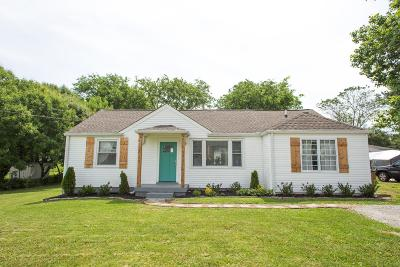 Madison Single Family Home For Sale: 105 Gibson Dr