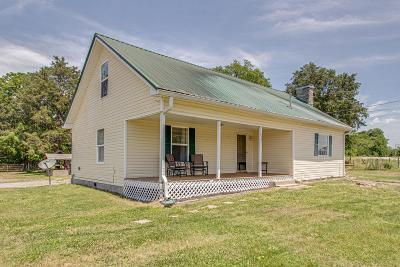 Lebanon Single Family Home For Sale: 4791 Simmons Bluff Rd