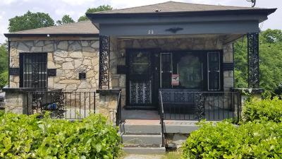Nashville Single Family Home For Sale: 38 N Hill Street