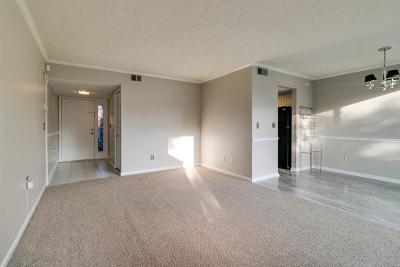 Antioch  Condo/Townhouse Active Under Contract: 6 Sycamore Ct #6