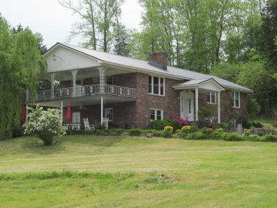 Waynesboro Single Family Home For Sale: 1088 Big Opossum Rd