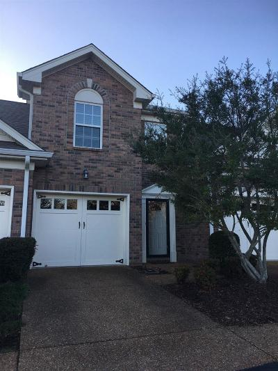 Franklin Single Family Home For Sale: 1648 Brentwood Pointe