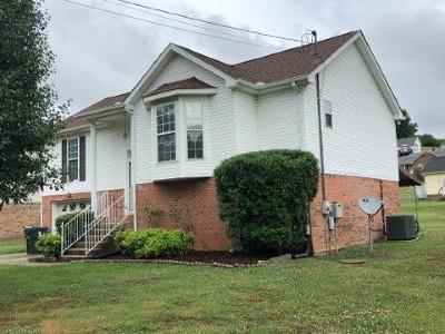 Goodlettsville Single Family Home Active Under Contract: 1082 Williamson Rd