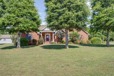 Lewisburg Single Family Home For Sale: 2121 Coble Meadows Dr