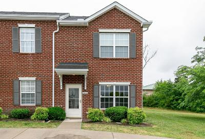 Spring Hill Condo/Townhouse Active Under Contract: 4006 Clinton Ln
