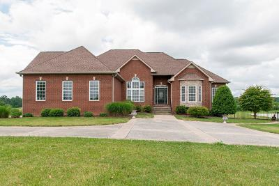 Burns Single Family Home For Sale: 730 Buddy Rd