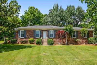 Nashville Single Family Home For Sale: 6001 Hawkdale Dr.