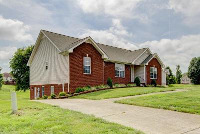 Clarksville Single Family Home For Sale: 3366 Brownsville Rd