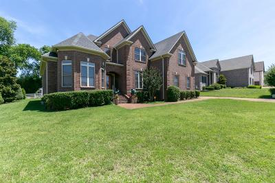 Old Hickory Single Family Home For Sale: 1548 Stokley Ln