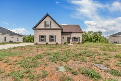 Rutherford County Single Family Home For Sale: 612 Sapphire Dr