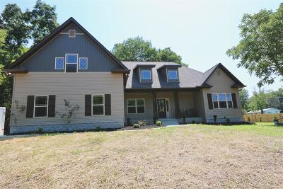 Wilson County Single Family Home For Sale: 1353 Burford Rd.