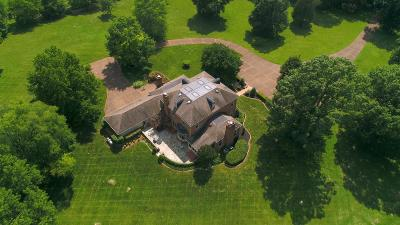 Mount Juliet Single Family Home Active Under Contract: 516 Hunting Hills Dr