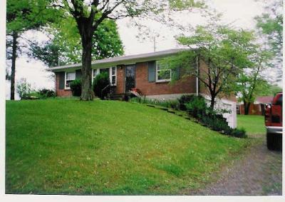 Nashville Single Family Home For Sale: 2870 Lyncrest Dr
