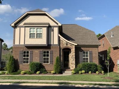 Hendersonville Single Family Home For Sale: 1002 Ramble Run