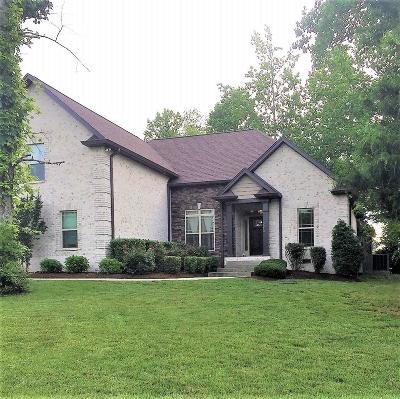 Robertson County Single Family Home Active Under Contract: 3013 Gracie Ann Dr