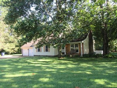 White House Single Family Home For Sale: 328 Walnut Ct
