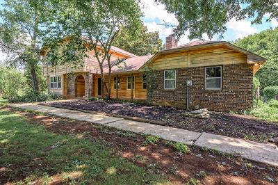 Murfreesboro Single Family Home For Sale: 2602 Central Valley Rd