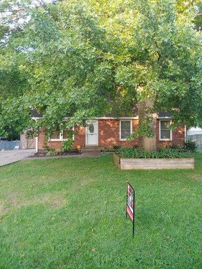 Clarksville Single Family Home Active Under Contract: 415 Lillie Belle Ln