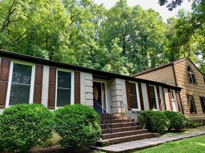 Nashville Single Family Home For Sale: 2513 Ridgewood Drive