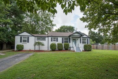 Nashville Single Family Home For Sale: 304 Tamworth Dr