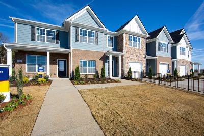 Smyrna Condo/Townhouse For Sale: 4146 Grapevine Loop Lot # 1669