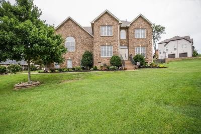 Hendersonville Single Family Home For Sale: 1002 Del Ray Trl