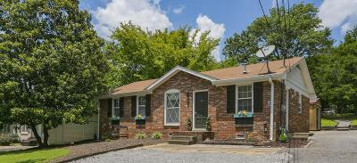 Hendersonville Single Family Home For Sale: 127 S Valley Rd