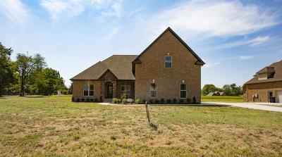 Murfreesboro Single Family Home For Sale: 4318 Cordwood Path #16
