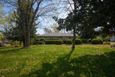 Davidson County Single Family Home For Sale: 3231 Lakeshore Dr