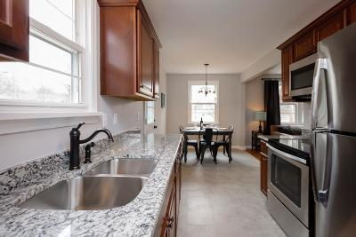 Davidson County Single Family Home For Sale: 190 Woodson Ln