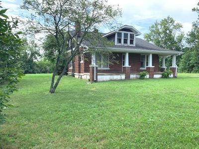 Single Family Home For Sale: 616 E Lane St
