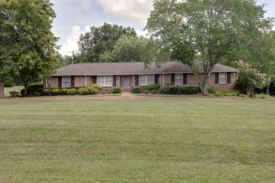 Brentwood Single Family Home Active Under Contract: 6226 Bridlewood Ln