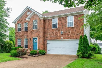 Spring Hill  Single Family Home For Sale: 2936 Burtonwood Dr