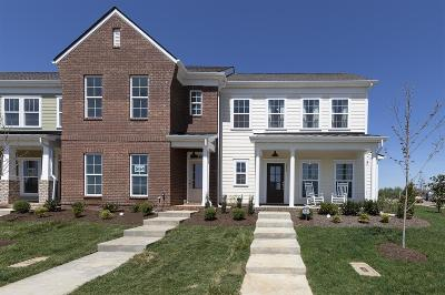 Spring Hill Condo/Townhouse For Sale: 301 Dursley Lane #047