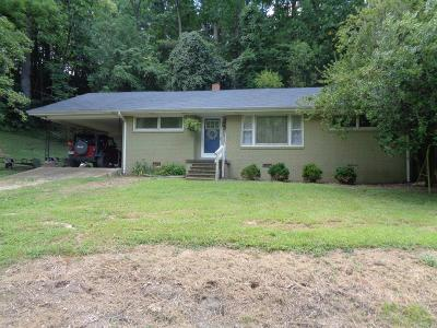Lawrenceburg Single Family Home For Sale: 70 Nelson Rd